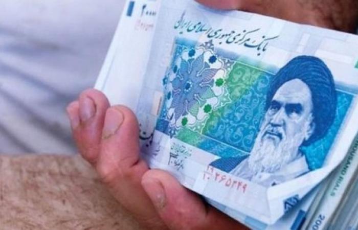 إيران.. تشديد الرقابة على الشركات لتحصيل العملة الصعبة