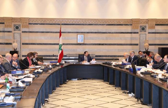 «صراع الأمر لمَن» بمناقشات الموازنة في لبنان يترك «ندوباً سياسية»