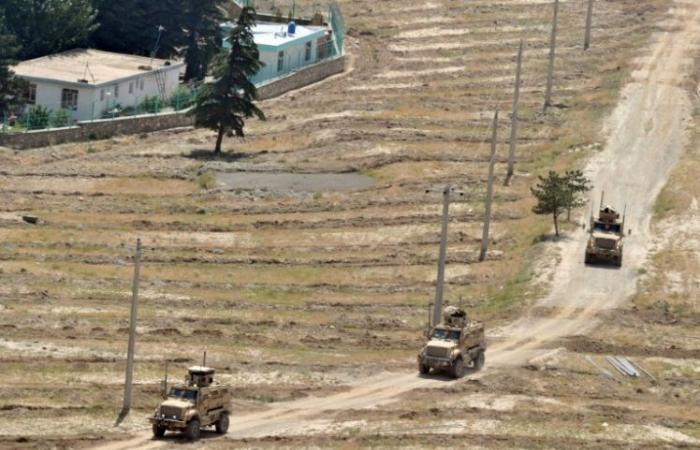 مقتل أربعة أفغان وجرح أربعة جنود أميركيين في تفجير انتحاري في كابول