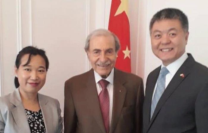 الخليل بحث مع السفير الصيني في العلاقات الثنائية