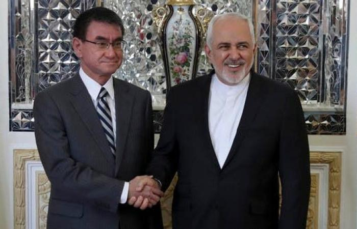 إيران   قبيل وصول آبي.. وزير الخارجية الياباني يلتقي ظريف
