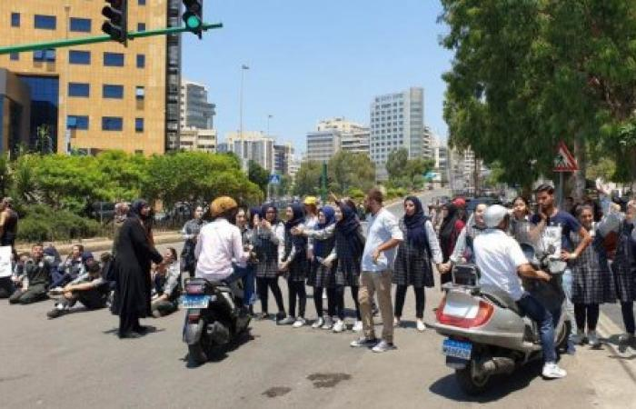 1700 طالب حرموا من الامتحانات: مدارس وهمية وموظفون فاسدون