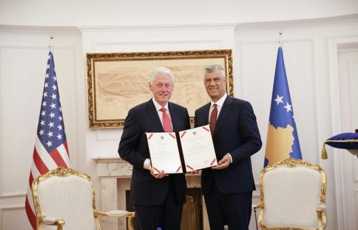 كوسوفو تحيي الذكرى العشرين لانتهاء الحرب بحضور بيل كلينتون