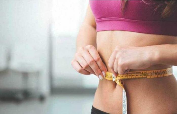 مشروب موجود بكل بيت أفقدها 57 كيلوغراما من وزنها!