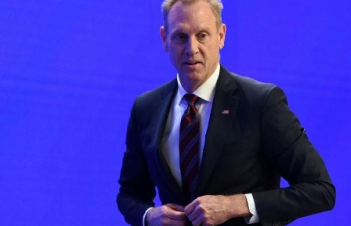 وزير الدفاع الأميركي يدعو إلى الحيادية السياسية في الجيش