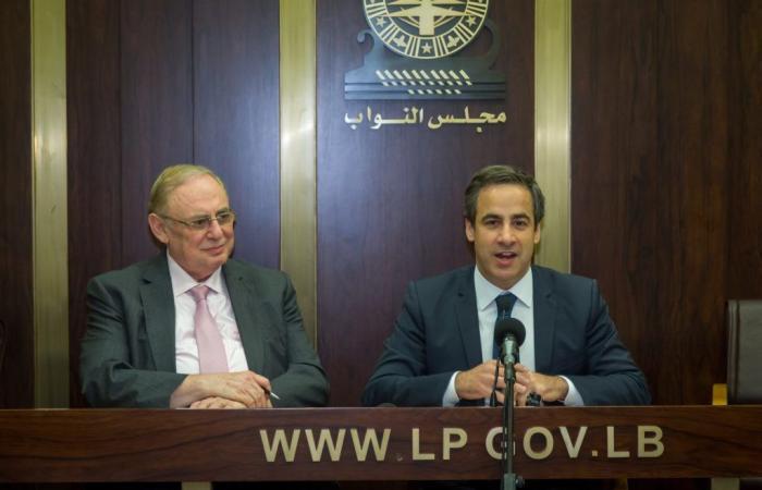 معوض: مصرون على لعب دورنا ولن نكون صندوق بريد