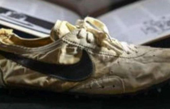 زوج أحذية من 'نايكي' بسعر خيالي.. هذا ما يميّزه!