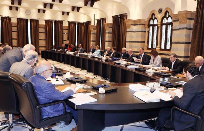 """مجلس الوزراء يحدّد ممثل لبنان في """"أستانة"""""""