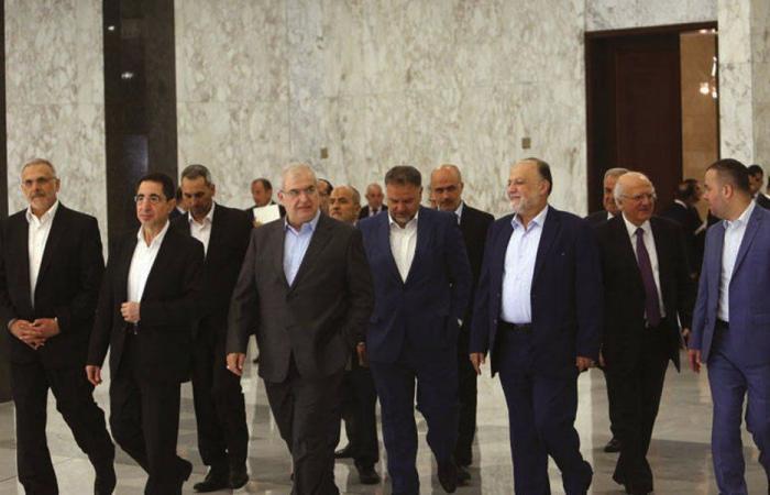 حزب الله ينتقل من المهادنة إلى الصدام مع خصوم الداخل