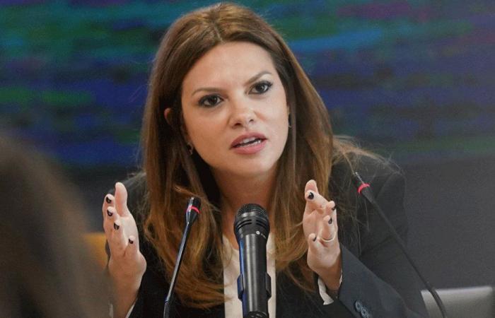 فيوليت الصفدي: معا لتعزيز امكانيات النساء في مجتمعنا