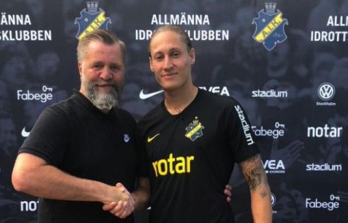 رسمياً: فيليكس ملكي ينتقل إلى أيك سولنا بطل الدوري السويدي