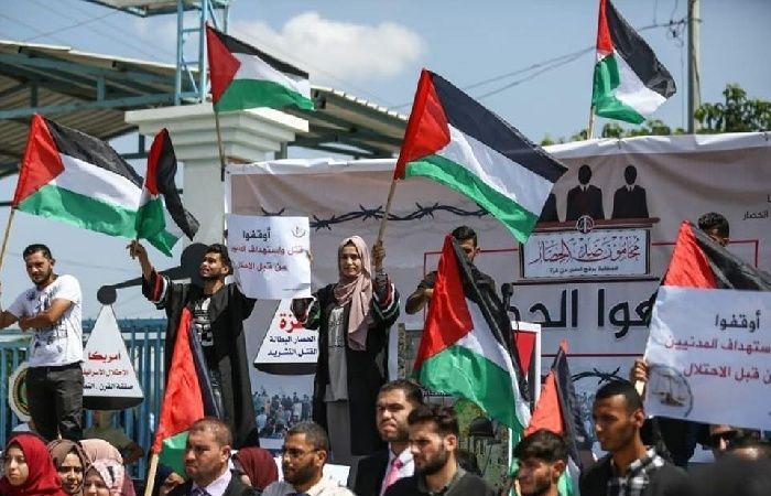 فلسطين   وقفة للمحامين في غزة رفضا لاستمرار الحصار الإسرائيلي
