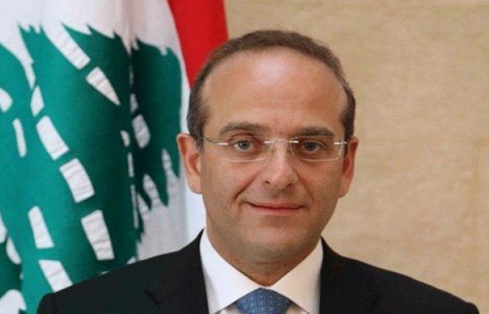 خوري: التخفيض الائتماني صفعة موجعة للسوق اللبناني