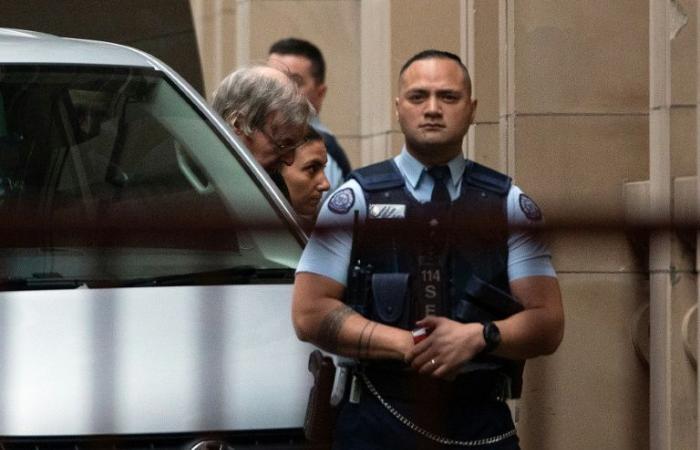 القضاء الأسترالي يؤيد في الاستئناف حكم السجن الصادر بحق الكاردينال بيل