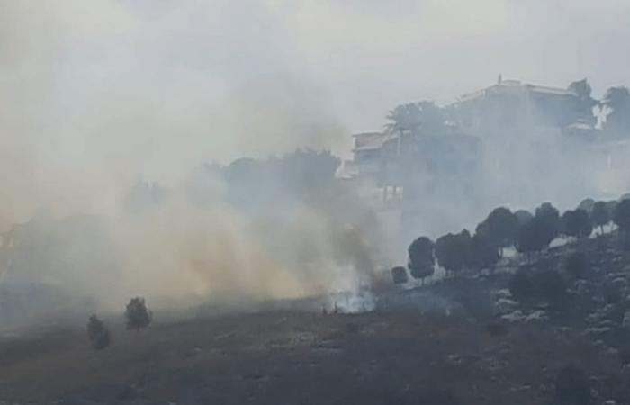 إخماد حريق في تلة الشقيف