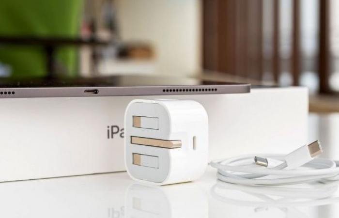 تقرير جديد يشير إلى خطط ابل لدعم هواتف الأيفون هذا العام بشاحن USB-C