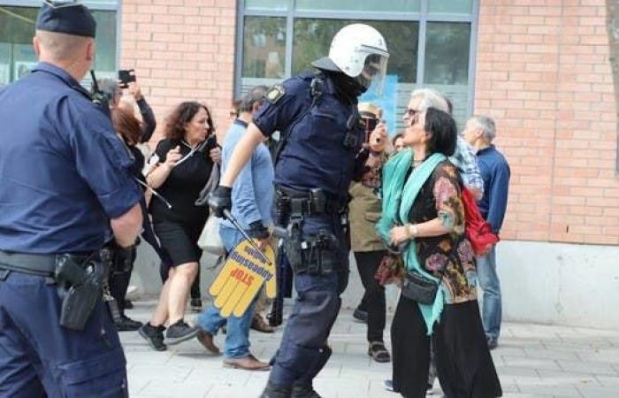 إيران | السويد.. اعتقالات وإصابات بين المحتجين على زيارة ظريف