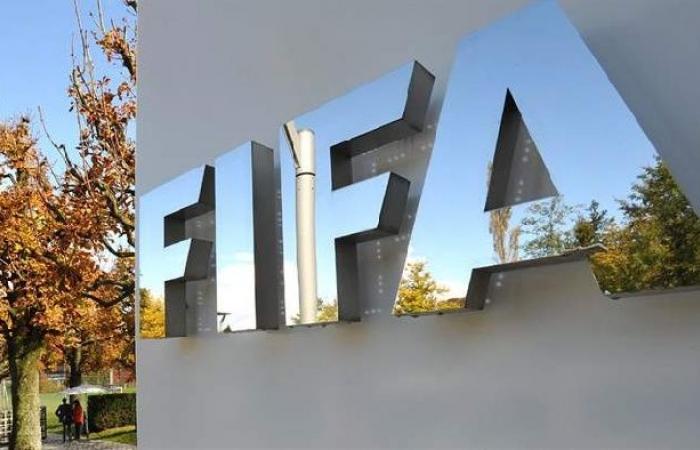 فلسطين | الأورومتوسطي: غض فيفا الطرف عن تعطيل إسرائيل إقامة مباراة كرة قدم خرق للقانون الدولي