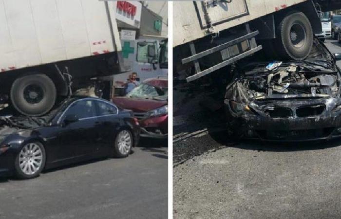 6 جرحى في اجتياح شاحنة عددًا من السيارات