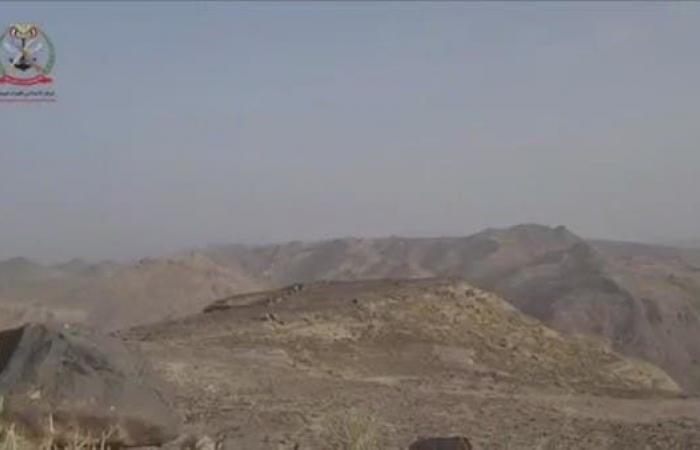 اليمن   الجيش اليمني يحرر آخر نقطة بجبال البياض شرق صنعاء