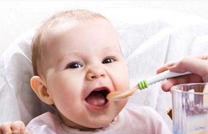 لا تقدمي هذه الأطعمة لرضيعك