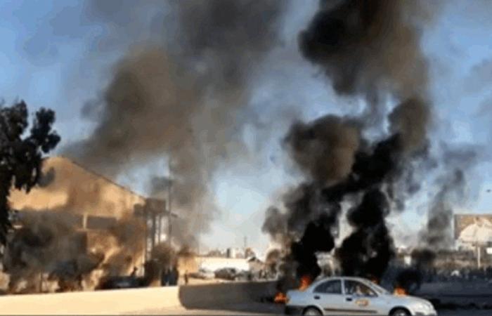 طرابلس.. إضراب عام وإقفال طرقات (فيديو وصور)