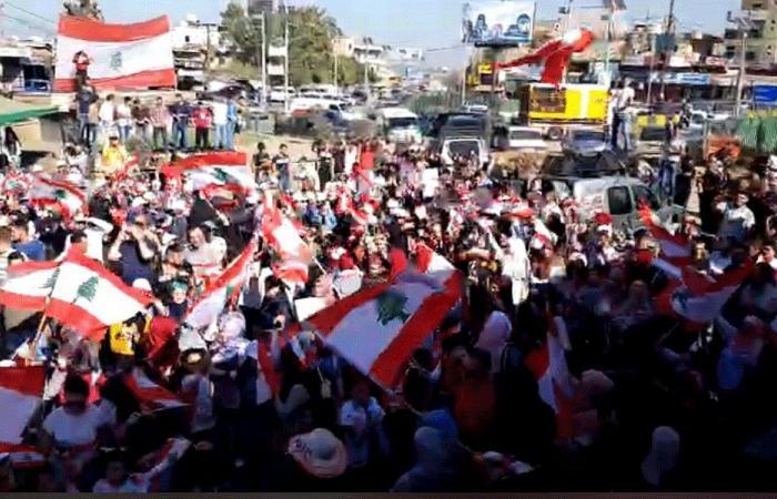 اعتصام طالبي في ساحة العبدة (فيديو)
