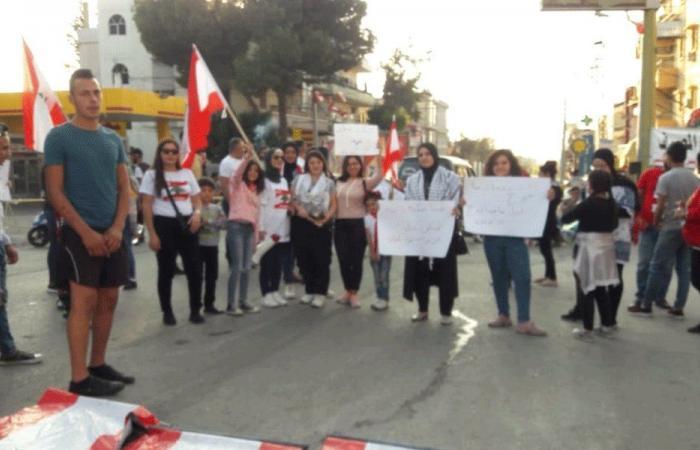 مسيرة في حلبا احتجاجًا على المماطلة في تأليف الحكومة