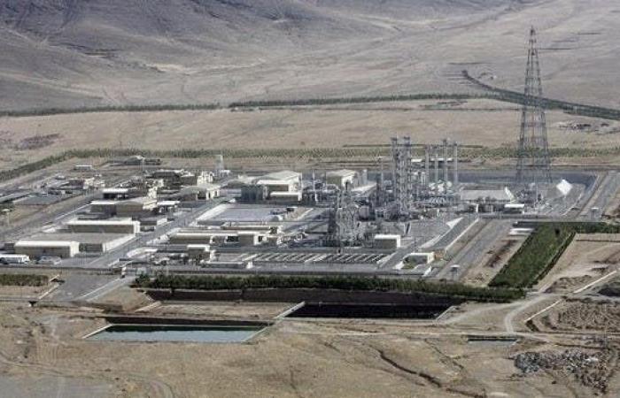 إيران | مسؤول إيراني يدعو بلاده للتنصل بالكامل من الاتفاق النووي