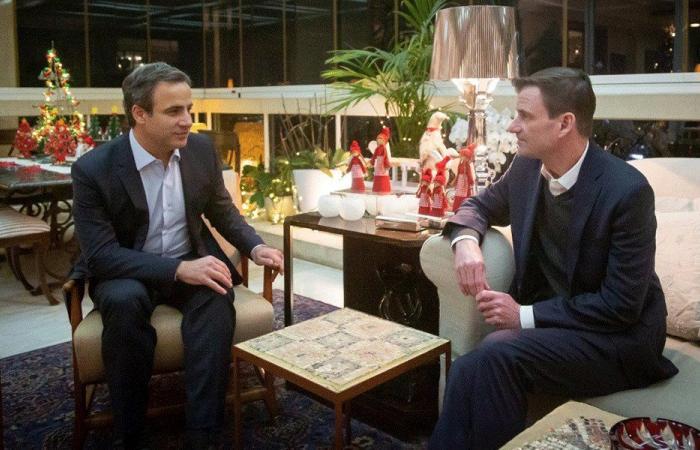 معوض التقى هيل: بحث معمق في كيفية مساعدة لبنان