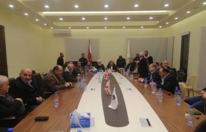 فعاليات مجدل عنجر ترفض صيغة تكليف رئيس الحكومة (فيديو)
