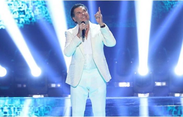 """راغب علامة يغني لأول مرة باللهجة الخليجية في """"ذا فويس"""" (فيديو)"""