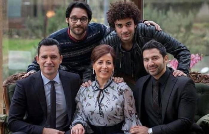 عروس بيروت: وفاة الست ليلى.. وفارس ليس من عائلة الضاهر!