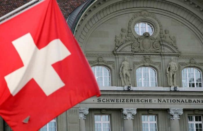 سويسرا تدرس تحويلات مليارات سياسيي لبنان!