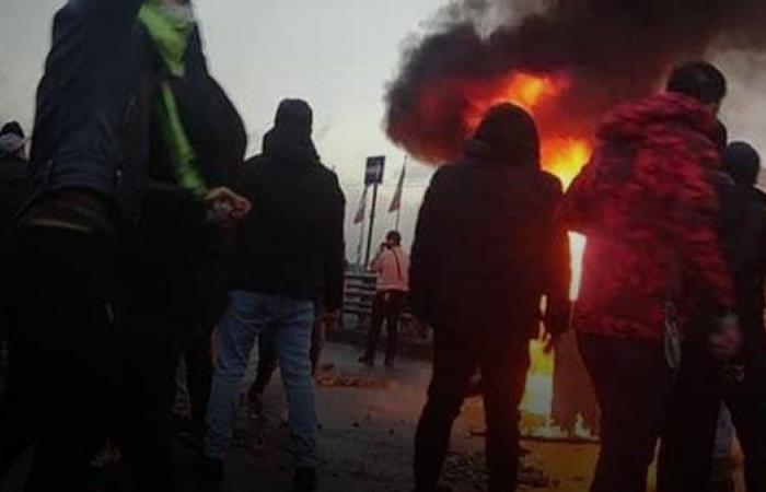 "إيران | ""نظام لا يرحم"".. توثيق سيرة ضحايا احتجاجات إيران"