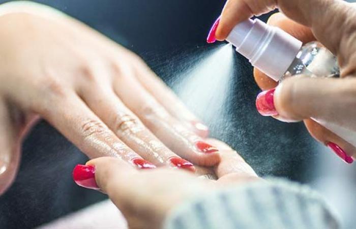 قد يكون التعرض للمواد الكيميائية في صالونات تجميل الأظافر أسوأ مما تتخيل