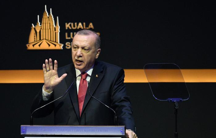 سوريا   أردوغان والوقود السوري.. أيرسل 8000 مقاتل إلى ليبيا؟