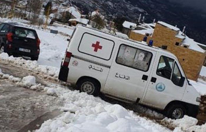 الدفاع المدني يُنقذ 4 فتيات احتجزن داخل خيمة في شبروح (صور)
