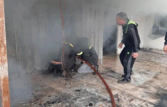 إخماد حريق نتيجة احتكاك كهربائي في حلبا