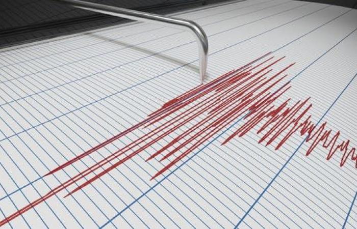 إيران   زلزال بقوة 5.4 درجات يضرب جنوب إيران