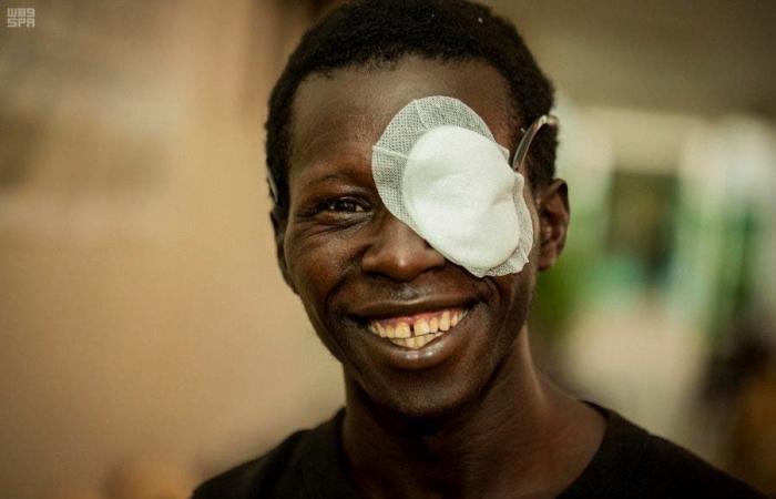الخليج | مركز الملك سلمان يكافح العمى في السنغال