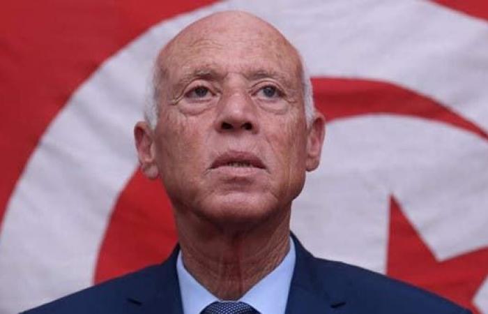 بالتزامن مع العام الجديد.. تونس تمدد الطوارئ شهرا