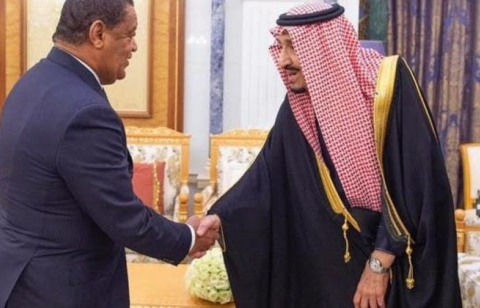 الخليج | الملك سلمان يتسلم رسالتين من رئيسة إثيوبيا ورئيس وزرائها