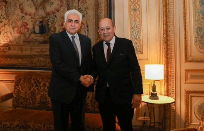 لودريان: على السلطات اللبنانية تنفيذ خطة ذات مصداقية لإنهاء الأزمة