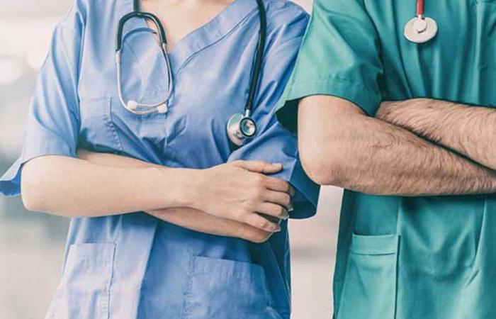 16 ألف عامل في قطاع التمريض من دون حماية