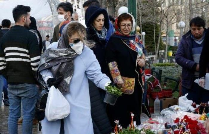 إيران   كورونا يقترب من بيت خامنئي.. وفاة والدة زوجة ابنه