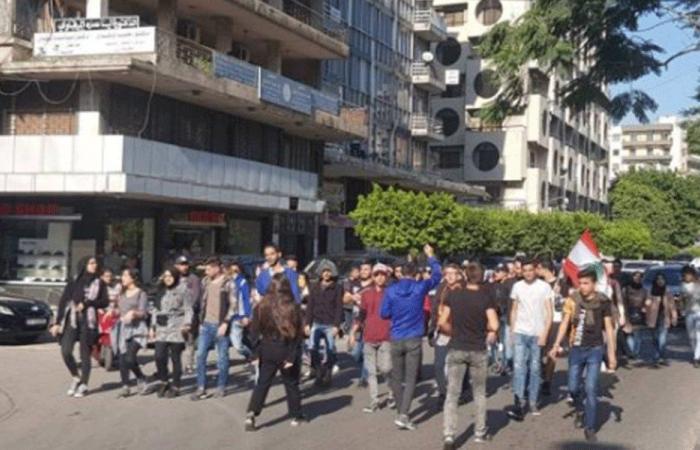 إعتصام لاهالي محكومي عبرا ومسيرة الى ساحة ايليا في صيدا