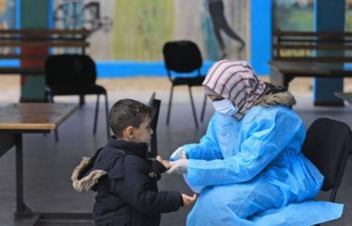 فلسطين   هل ينجح الغزّيون في طرد فيروس الكورونا قبل انتشاره؟
