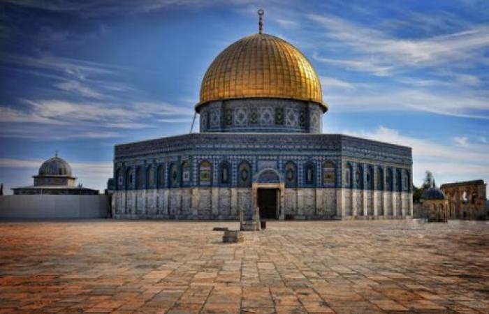 فلسطين   حظر الصلاة في المسجد الأقصى حمايةً لأرواح الناس