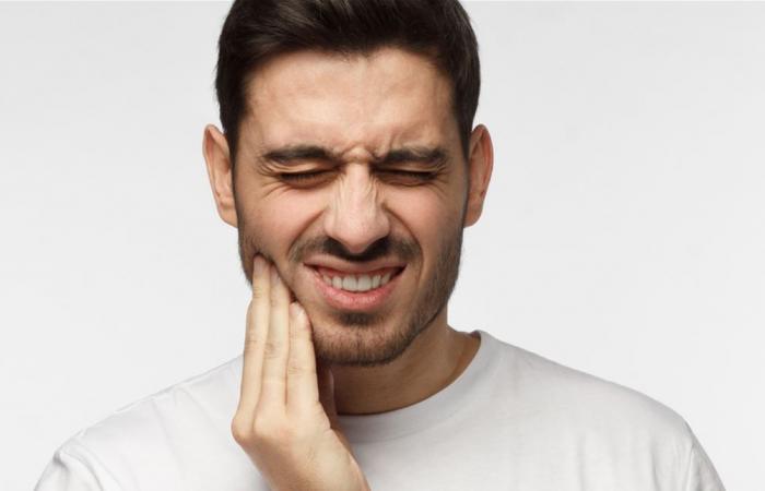 خلال فترة العزل.. إليكم علاجات منزلية لآلام الأسنان